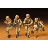 упаковка игры Американские пехотинцы в атаке 4 фигуры 1:35