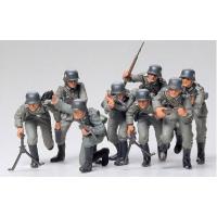 упаковка игры Немецкая пехота 8 фигур 1:35