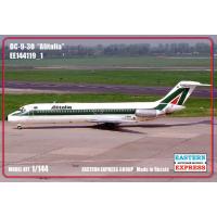 упаковка игры Авиалайнер MD DC-9-30 Alitalia 1:144