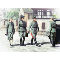 упаковка игры Германский штабной персонал (2МВ) 1:35