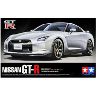 упаковка игры Nissan GT-R 1:24