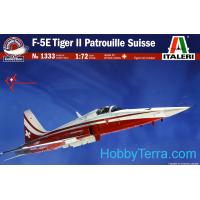 упаковка игры Самолет F-5E PATROUILLE SUISSE 1:72
