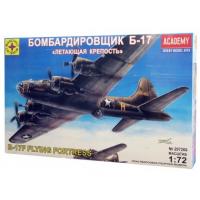 упаковка игры Бомбардировщик Б-17 Летающая крепость 1:72