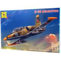 упаковка игры Самолет Л-39 Альбатрос 1:72