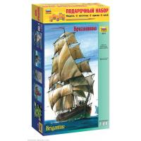 упаковка игры Бригантина 1:100 подарочный набор