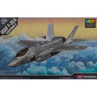 Самолет F-35A Lightining II 1:72